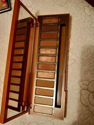 100% authentic urban decay naked heat palette