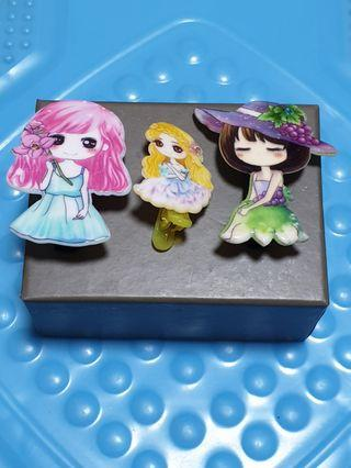 (New) 3 Nos of Beautiful Girl Girl Hair Clips