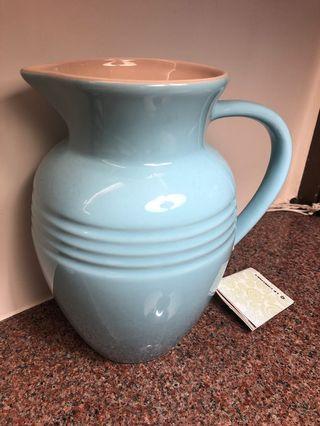 Le Creuset 全新2.2L satin blue jug