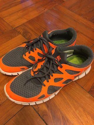Free run nike跑鞋