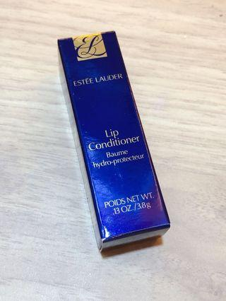 🚚 Brand New Estée Lauder Lip Conditioner