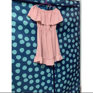 ㄧ字領洋裝#半價衣服拍賣會拍賣
