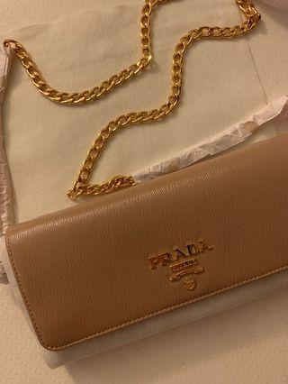 New Sealed Prada wallet on chain