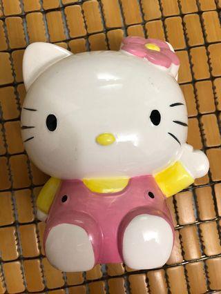 Hello Kitty 存錢筒