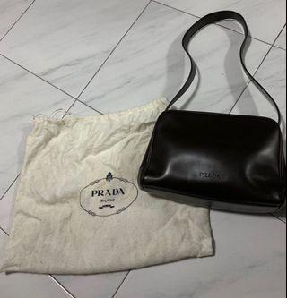 🚚 Authentic Prada dark brown structured leather small sling bag