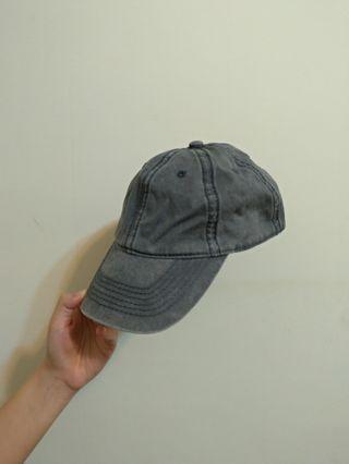灰色仿舊帽