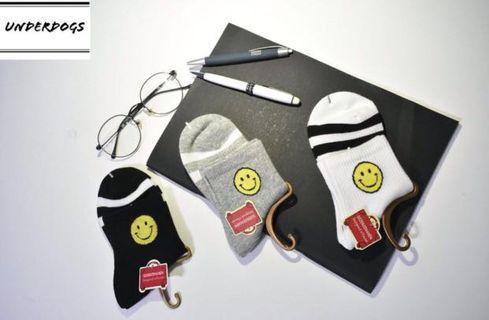Smiley face mid length socks; Korean socks; cute sock