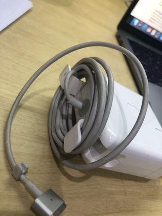 CHARGER Macbook Pro Retina 13 inch 2012 (60Watt)
