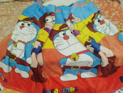 Selimut Doraemon