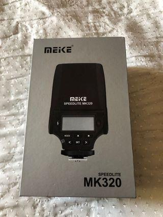 🚚 美科meow mk320閃光燈TTL