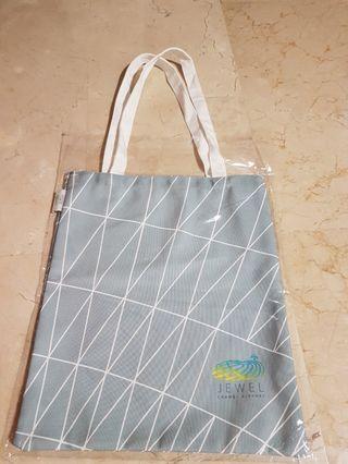 🚚 💟BNIB JEWEL changi Airport Canvas Tote/ Shoulder Bag