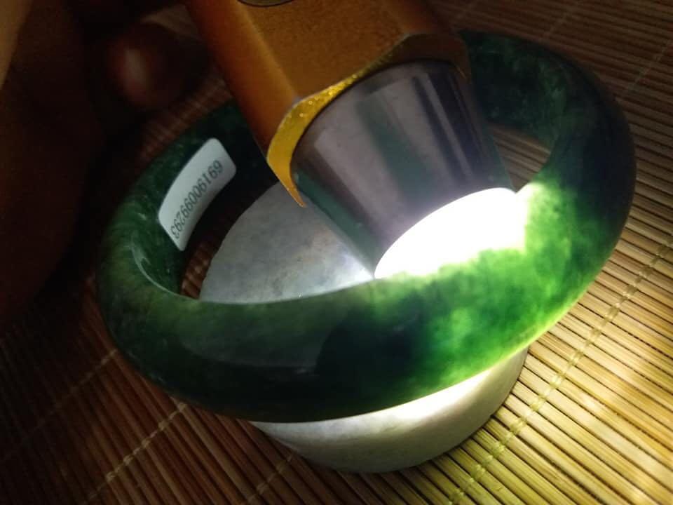 天然翡翠完美滿綠手鐲