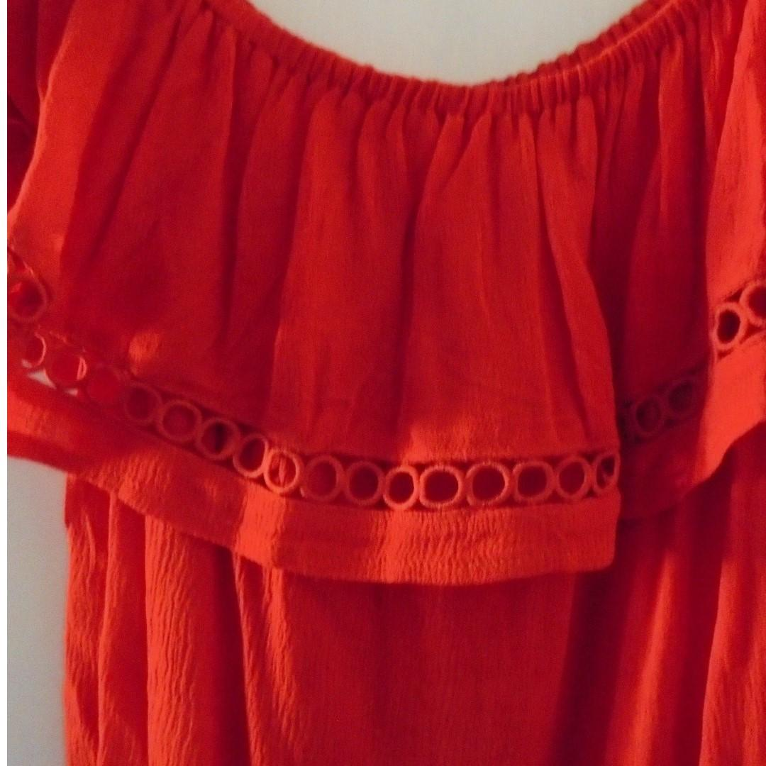 BNWT Morning Mist Red Off Shoulder Embroider Top Sz 8