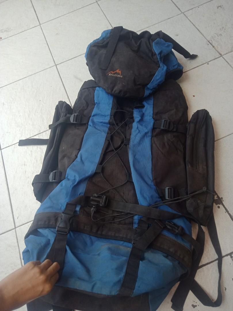 Carrier tas gunung