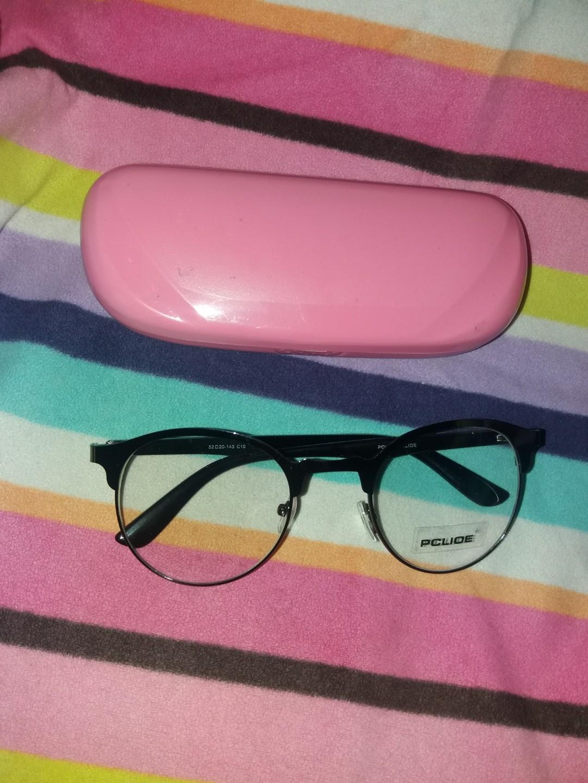 Frame kacamata pria wanita