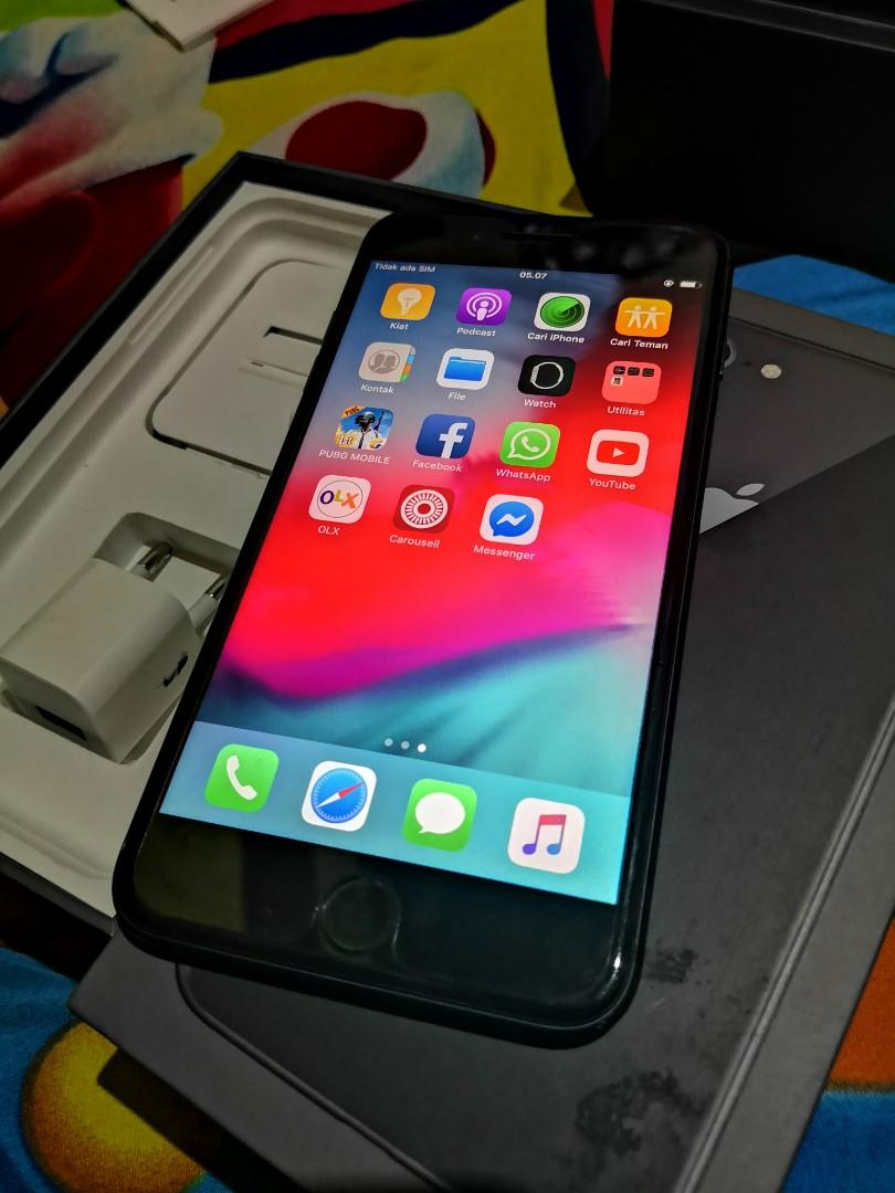 iPhone 8 Plus 64GB Fullset ex Singapore