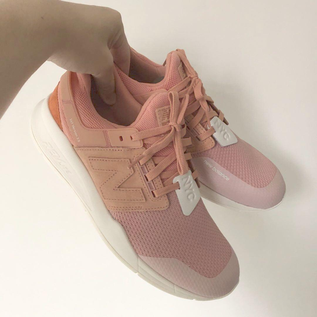 Mal funcionamiento Chillido genio  New Balance 247 v2 Time Zone Pack NYC, Men's Fashion, Footwear, Sneakers on  Carousell