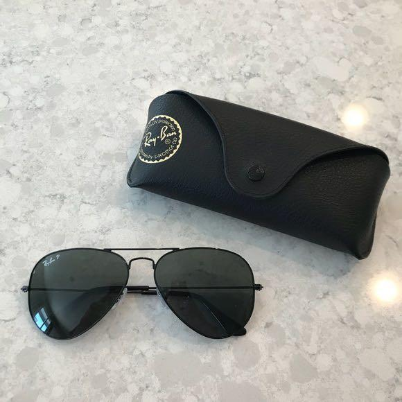 Ray Ban 3025 Black Matte Polarized Aviator Sunglasses