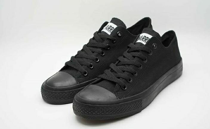 Sepatu Classic LC All Black