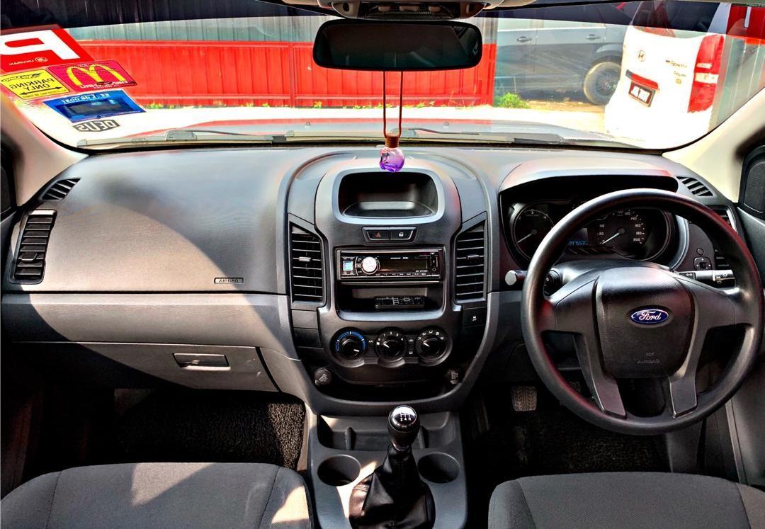 SEWA BELI>>FORD RANGER 2.2L MANUAL 2WD DOUBLE CAB 2015