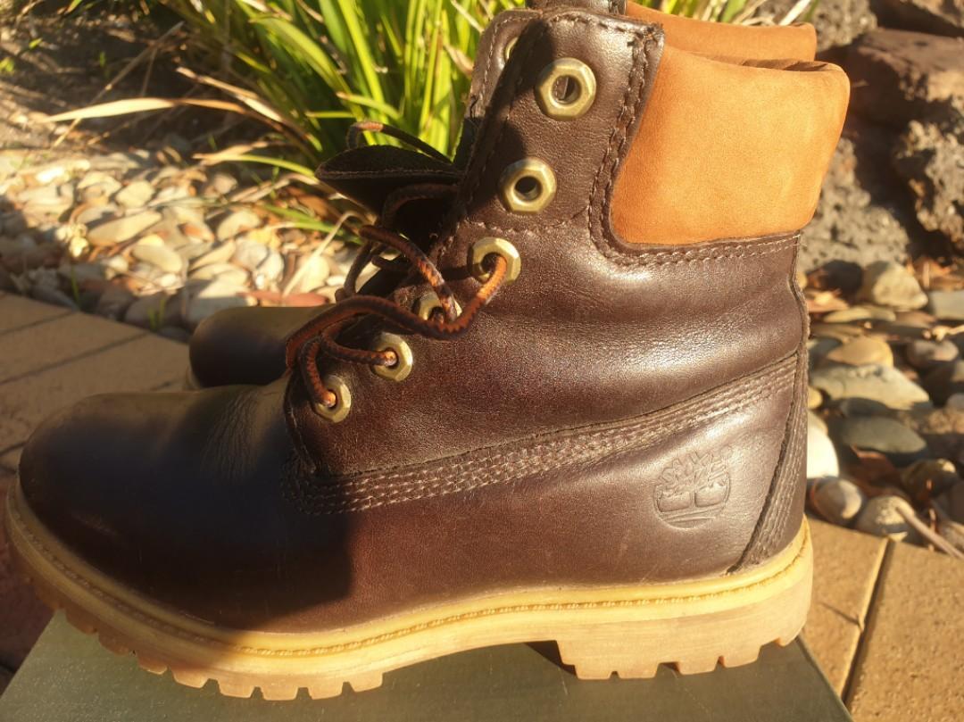 Timberland Earthkeeper boots size AU 5.5 waterproof, steel caps