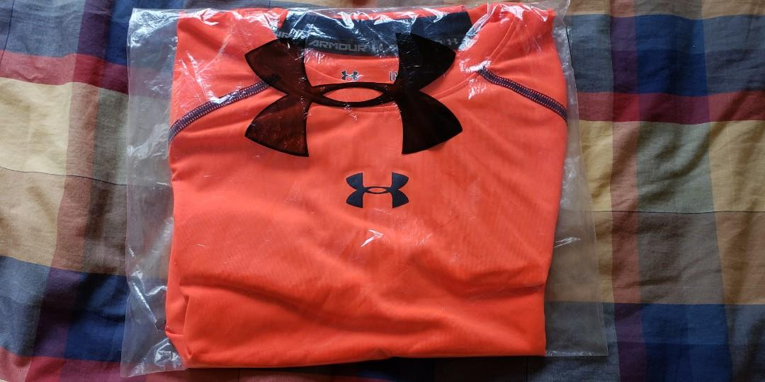 UNDER ARMOUR MAN's SPORTY WEAR
