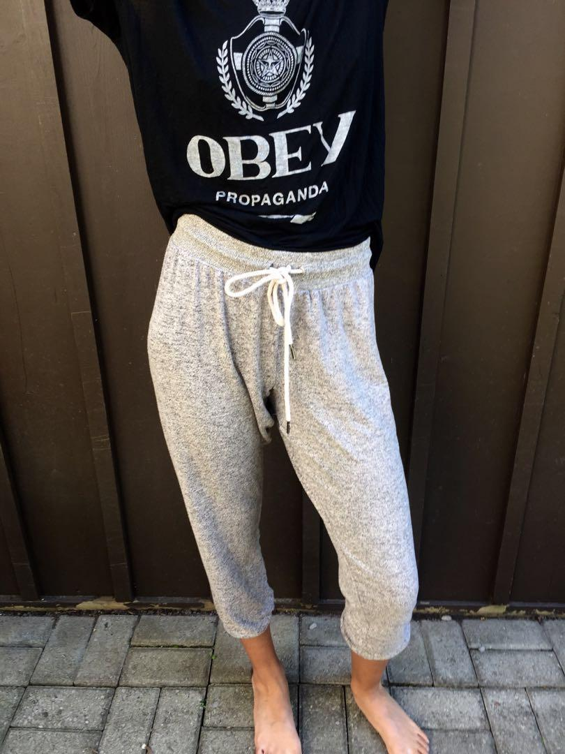 Urban Outfitters Heather Grey Sweatpants in Medium