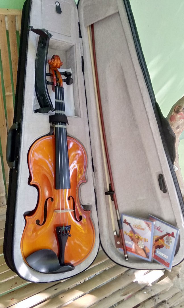 🎻Violin 4/4 + FREEBIES!! REPRICED!!! (Available pa sya!) on
