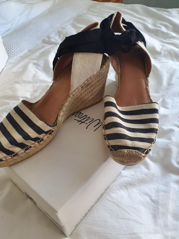 Wittner Espadrilles with black & white stripe - NEW
