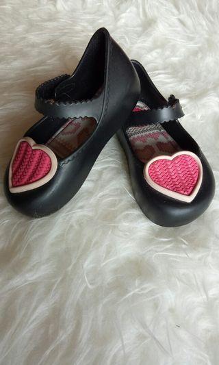 Sepatu bayi zaxy nina