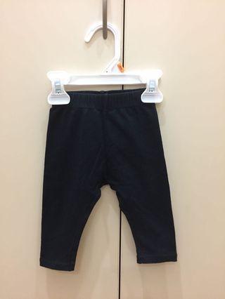 Lativ 黑色七分褲