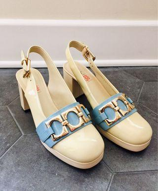 Clarks X Orla Kiely Patent Leather Shoe in Size 8