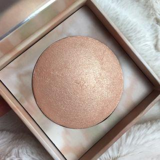 Urban Decay Illuminated Highlighter - Aura