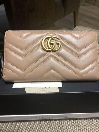 Gucci Marmont nude clutch wallet