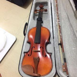 Violin 小提琴 4/4 全新