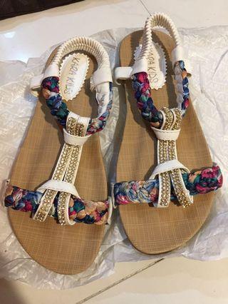 民族 Sandals