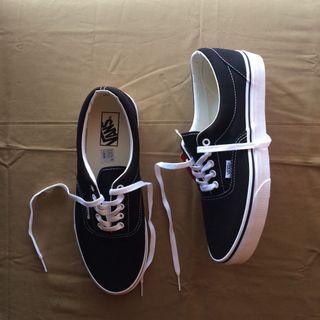Vans Era Black White