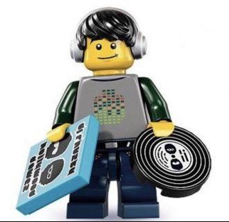 LEGO 8833 series 8 DJ