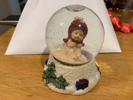 水晶球 雪球 snow globe 星加坡 小女孩 骷髏骨頭💀