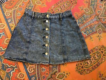 retro denim button up skirt