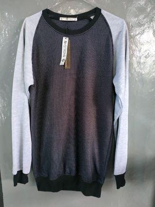 Sweater hitam grey