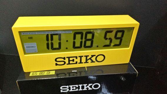 Seiko Digital Clock