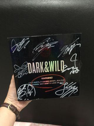 Dark&Wild BTS With Sign