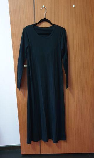 Muji long sleeve black dress (M)