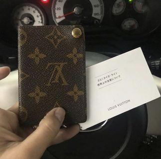 100% authentic Louis Vuitton card holder