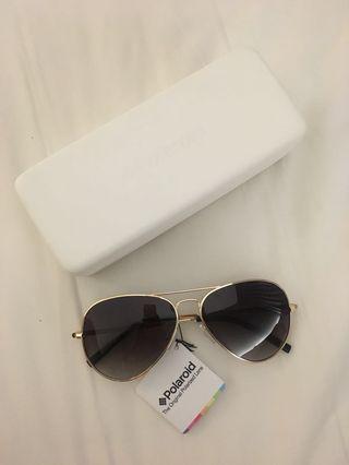 🚚 Authentic Polaroid Unisex Sunglass