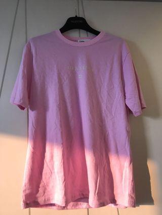 🚚 粉紅T恤