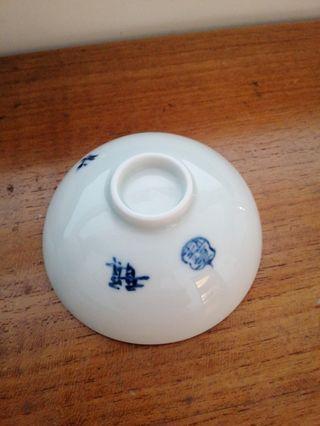 🚚 手繪蓮小瓷碟