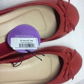 The Little Things She Need Flat Shoes Red