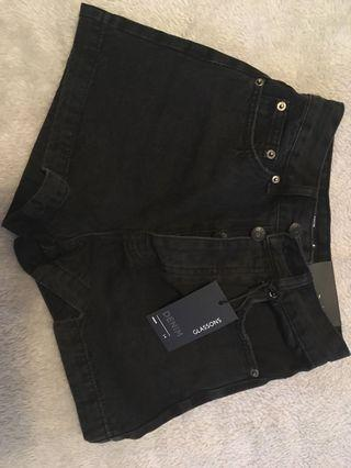 Glassons Mom Shorts in Black Size 4 BNWT